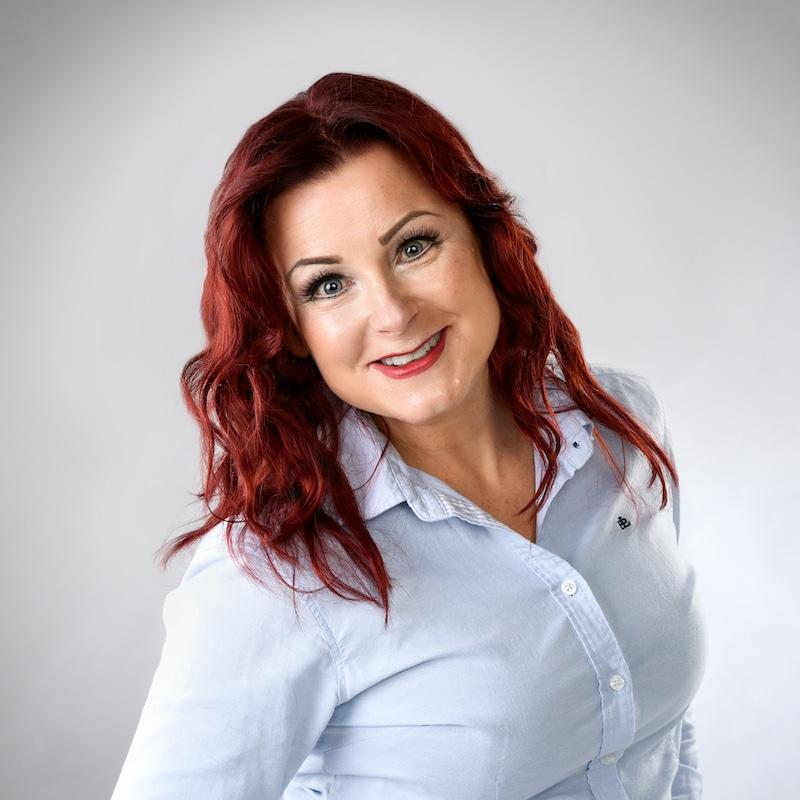 https://terapiatalonoste.fi/wp-content/uploads/2019/05/Niina-Jorma-1.jpg