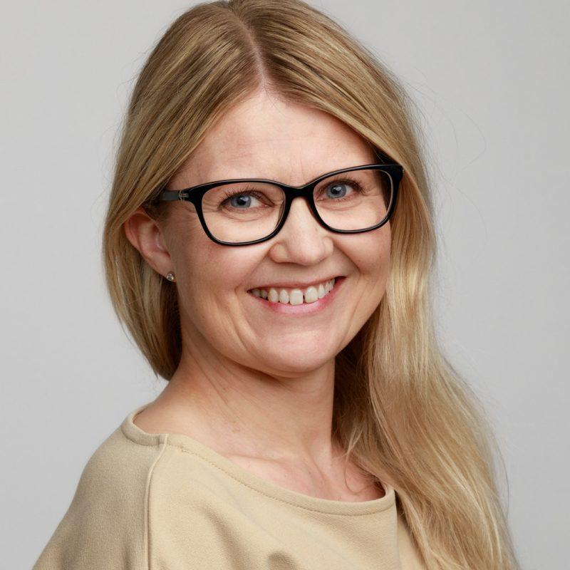 https://terapiatalonoste.fi/wp-content/uploads/2019/05/Tanja-Westman_web-e1560778677227.jpg