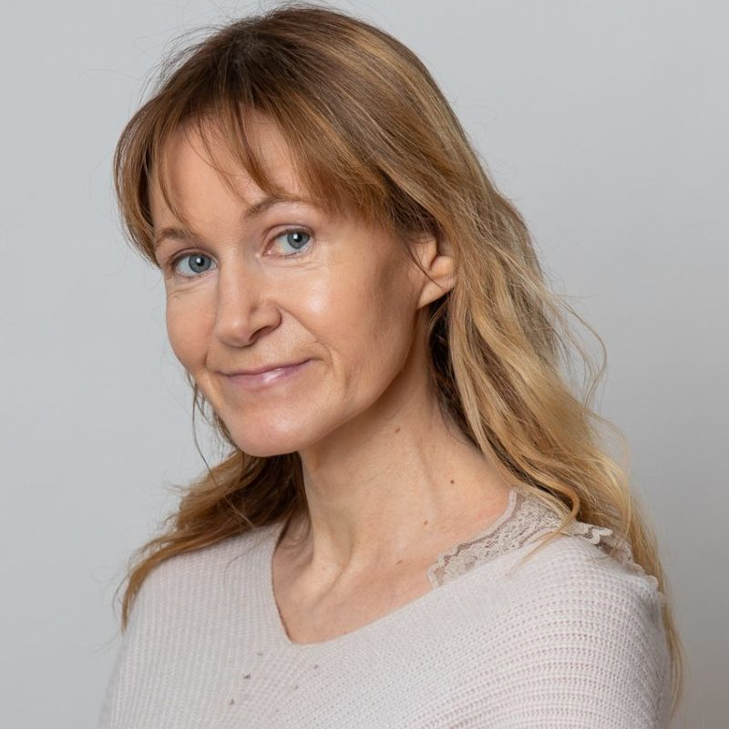 https://terapiatalonoste.fi/wp-content/uploads/2020/01/Katriina-Tiainen-e1579682461444.jpg