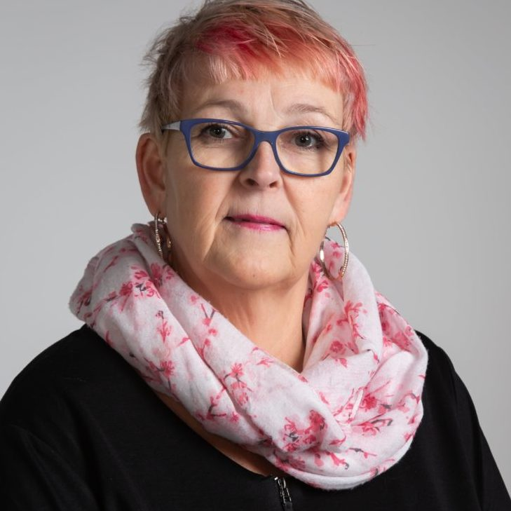 https://terapiatalonoste.fi/wp-content/uploads/2020/02/Anne-Viinamaki-e1582724519807.jpg