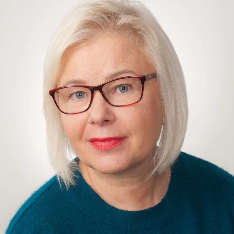 https://terapiatalonoste.fi/wp-content/uploads/2020/02/Ulla-Liisa-Raty-e1582725733536.jpg