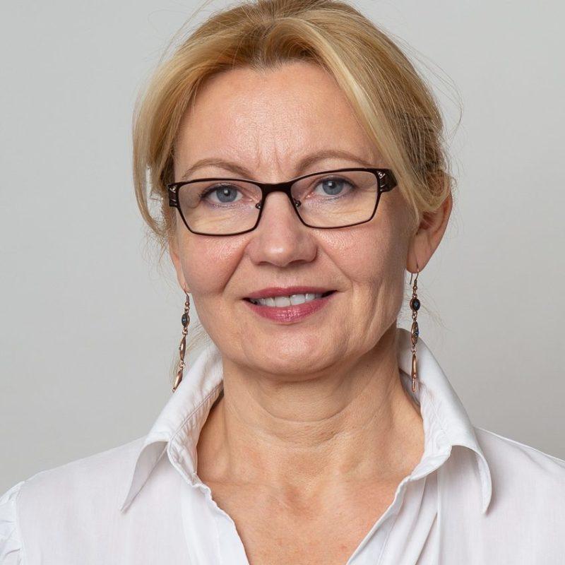https://terapiatalonoste.fi/wp-content/uploads/2020/05/Fogel-Svetlana-e1588669742178.jpg