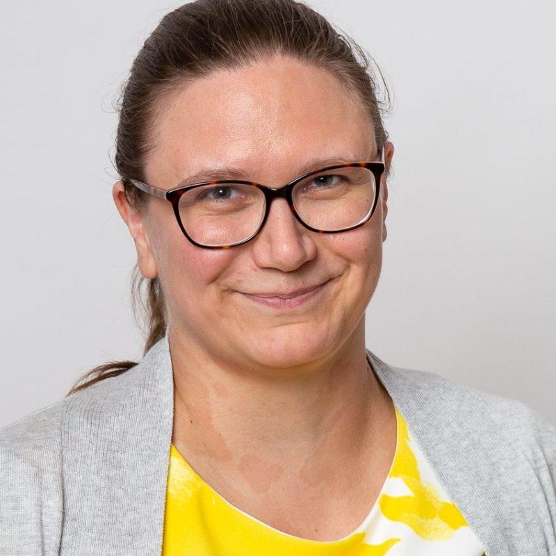 https://terapiatalonoste.fi/wp-content/uploads/2020/05/Samira-Enqvist-e1593516214434.jpg
