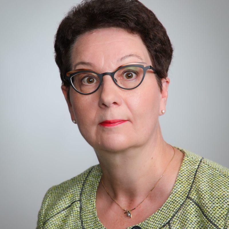 https://terapiatalonoste.fi/wp-content/uploads/2020/08/Anne-Koponen-e1597399274115.jpg