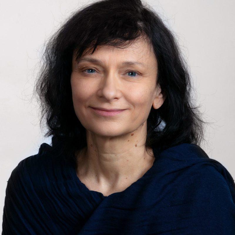 https://terapiatalonoste.fi/wp-content/uploads/2020/12/Taina-Lindman-e1608633650932.jpg