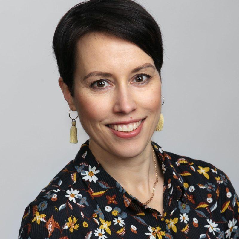 https://terapiatalonoste.fi/wp-content/uploads/2021/01/Sarita-Michelsson-e1611304913952.jpg