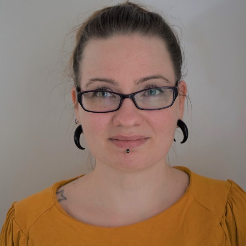 https://terapiatalonoste.fi/wp-content/uploads/2021/03/Susanna-Rissanen-1-e1619417244846.jpg